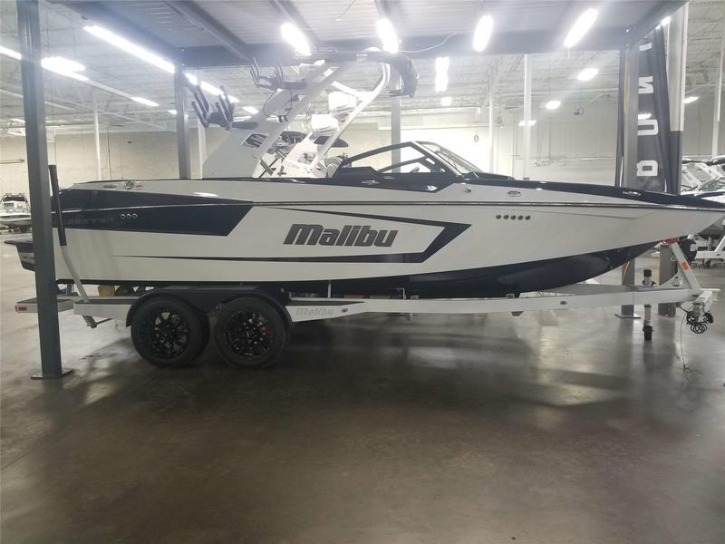 2020 Malibu Boats 23 MXZ | Tommy's of Detroit