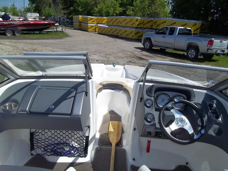 2012 Larson boat for sale, model of the boat is LX850 CLASSIC & Image # 4 of 10