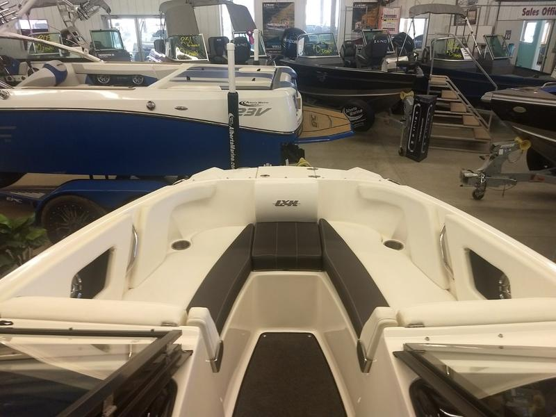 2016 Larson boat for sale, model of the boat is LXH 190 IO & Image # 6 of 16