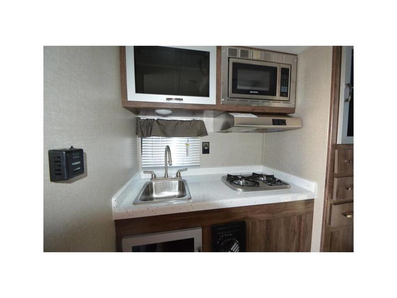 2020 Travel Lite 840SBRX | Horn Rapids RV