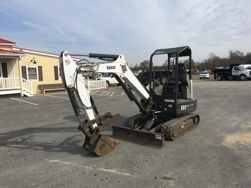 USED 2013 BOBCAT E32 MINI EXCAVATOR EQUIPMENT #604849