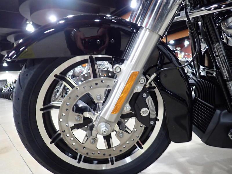 2019 Harley-Davidson® FLHT - Electra Glide® Standard   Bruce