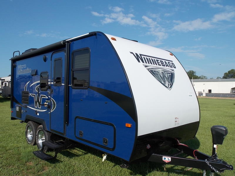 New  2019 Winnebago Micro Minnie 2106DS Travel Trailer in  McComb, Mississippi