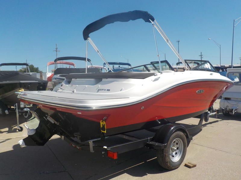 2020 Sea Ray boat for sale, model of the boat is SPX 190 & Image # 7 of 14