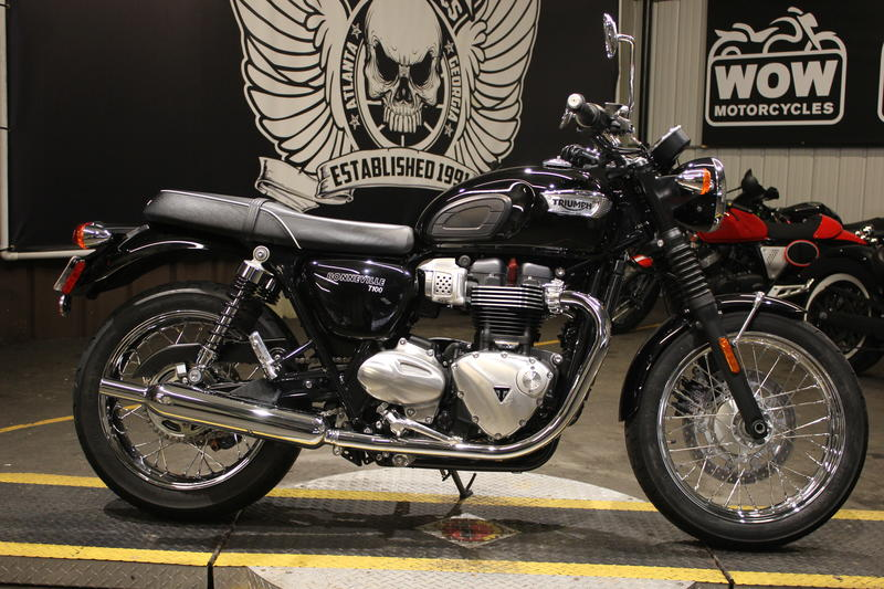 Outstanding 2017 Triumph Bonneville T100 Black Jet Black Wow Motorcycles Caraccident5 Cool Chair Designs And Ideas Caraccident5Info