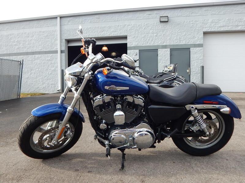 2015 Harley-Davidson XL1200C - Sportster 1200 Custom 8