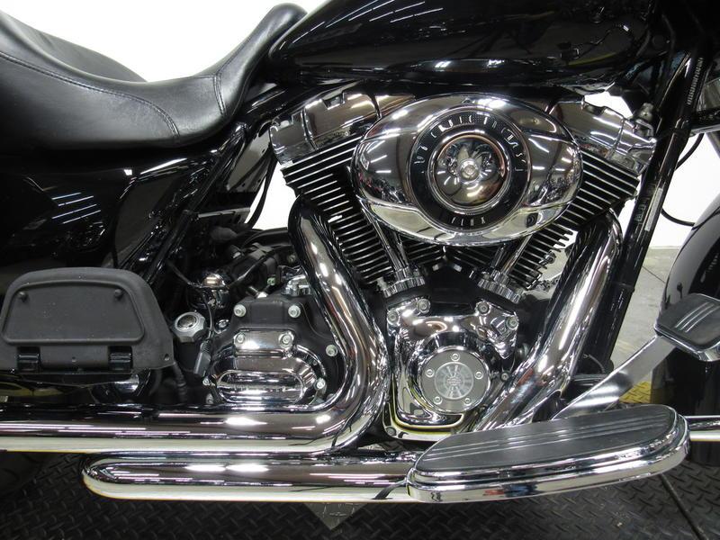 2010 Harley-Davidson FLHX - Street Glide 2