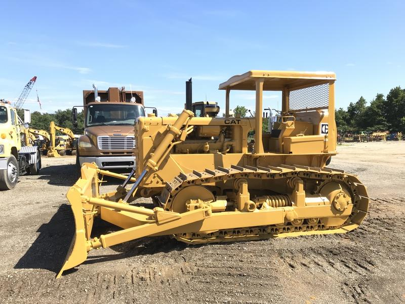 1967 CATERPILLAR D6C DOZER