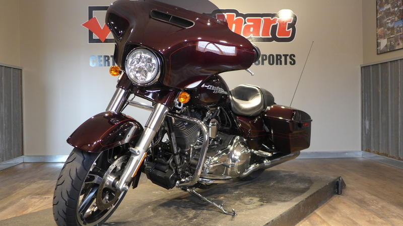 2014 Harley-Davidson FLHXS - Street Glide Special 2