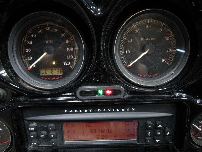 2007 Harley-Davidson FLHTCU - Electra Glide Ultra Classic 7