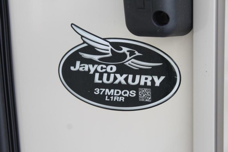 2020 Jayco Pinnacle 37MDQS | Miles RV Center LLC