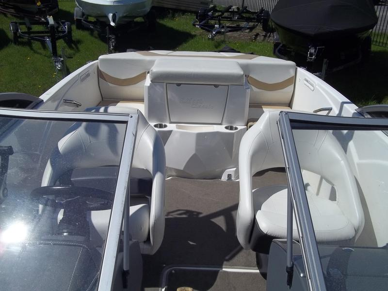 2012 Larson boat for sale, model of the boat is LX850 CLASSIC & Image # 6 of 10