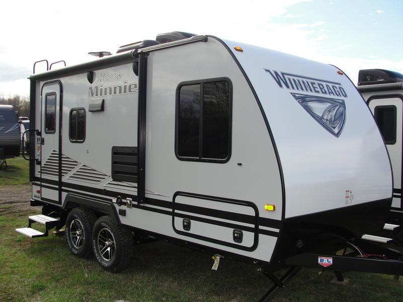 2019 Winnebago Micro Minnie 1808FBS   Oliver's Campers Inc