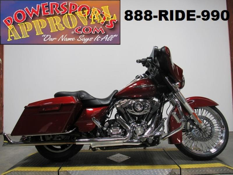 2010 Harley-Davidson FLHX - Street Glide 1