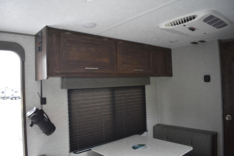 2020 Forest River Ozark 1660fq Unlimited Rv