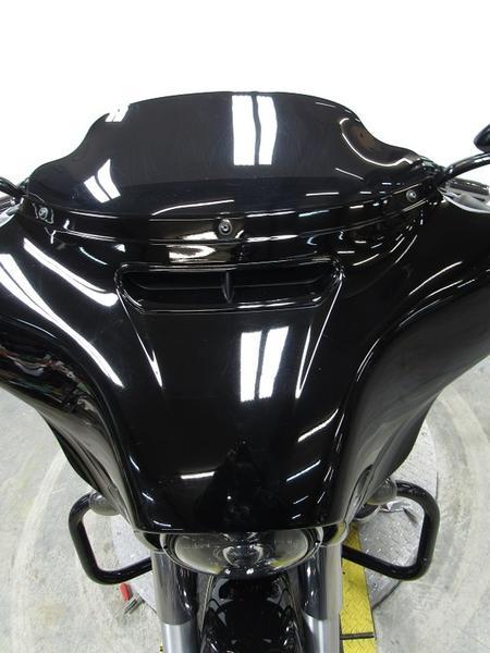 2015 Harley-Davidson FLHX - Street Glide 4