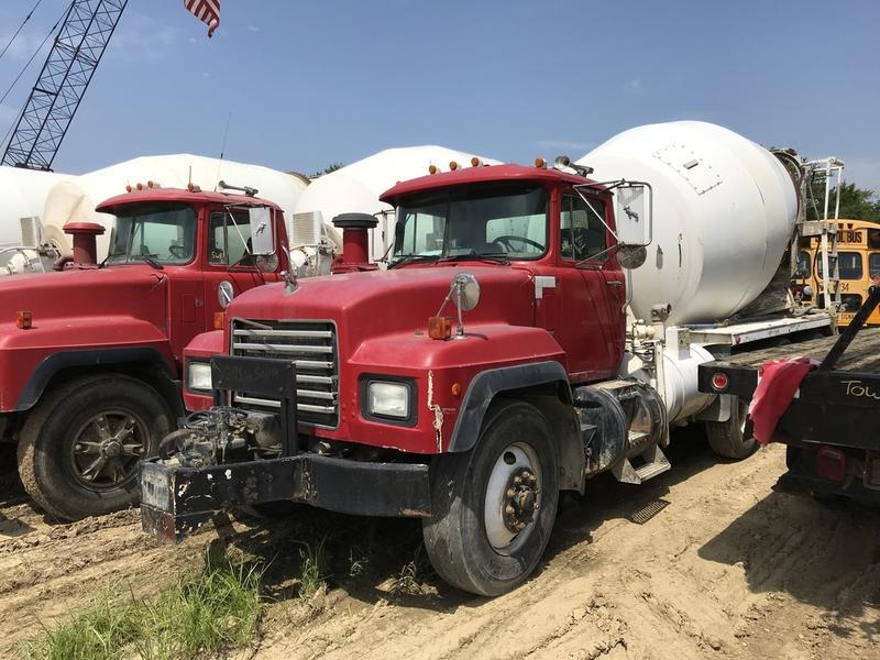 2001 MACK RD688S CONCRETE MIXER TRUCK 596254 Concrete Mixer Truck