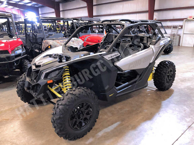 2019 Can-Am® Maverick™ X3 TURBO Hyper Silver & Sunburst