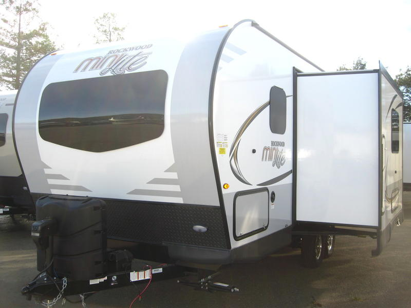 2019 Forest River Rockwood Mini Lite 2104s 3386 Santa