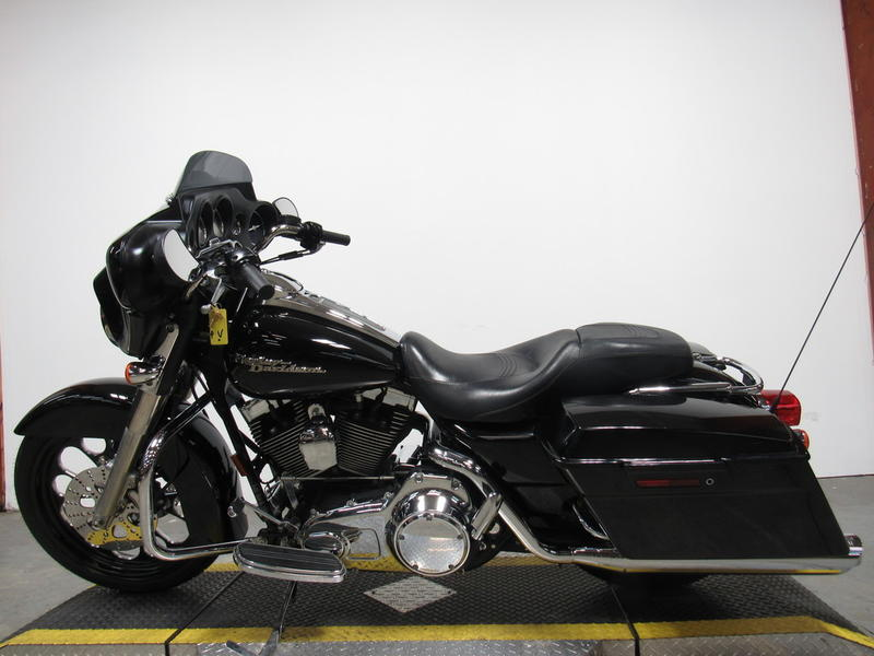 2007 Harley-Davidson FLHX - Street Glide 9