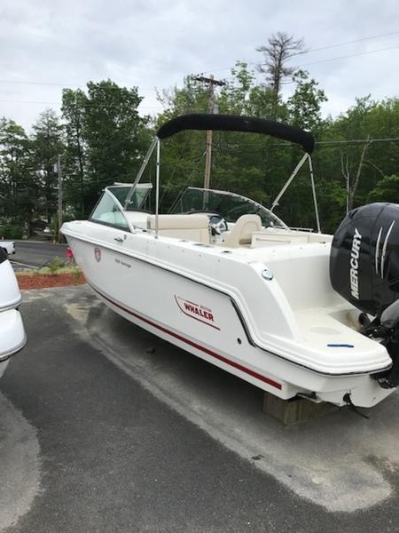 2018 Boston Whaler 230 Vantage BE0118R | Shep Brown's Boat Basin