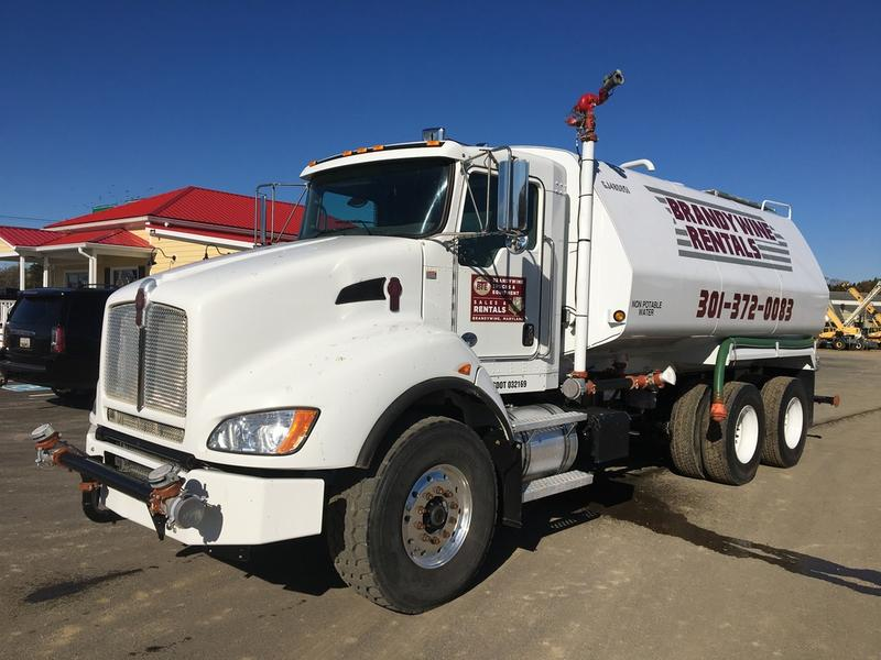 2016 KENWORTH T440 Water Truck