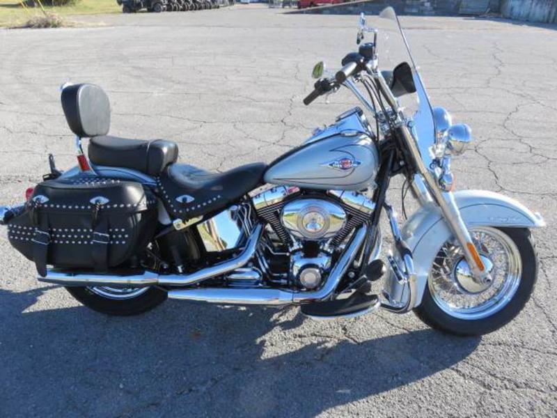 2011 Harley-Davidson FLSTC - Heritage Softail Classic 2