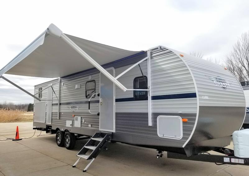 2020 Shasta Shasta Travel Trailer 32DS | Mentor RV