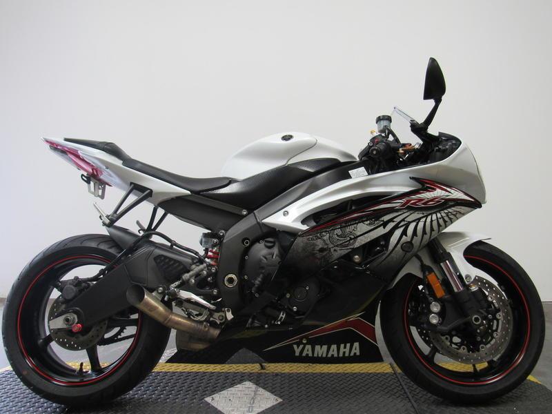 2012 Yamaha R6 1