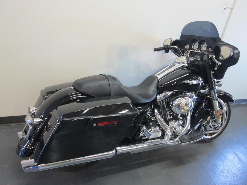 2013 Harley-Davidson FLHX - Street Glide 3