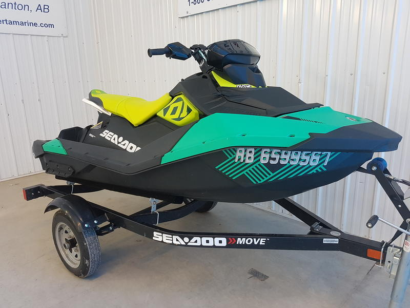 2019 Sea-Doo Spark® Trixx 3-up Rotax® 900 H O  ACE™ IBR