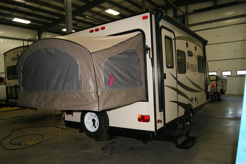 Simple 2016 Dutchmen Kodiak Express Expandable 172E Stock 971731