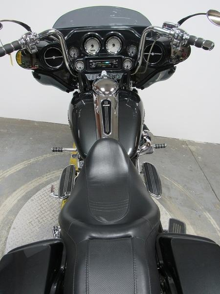 2008 Harley-Davidson FLHX - Street Glide 6