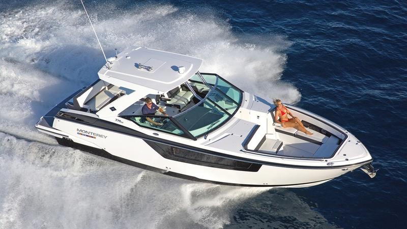2020 Monterey boat for sale, model of the boat is 385SE & Image # 1 of 2