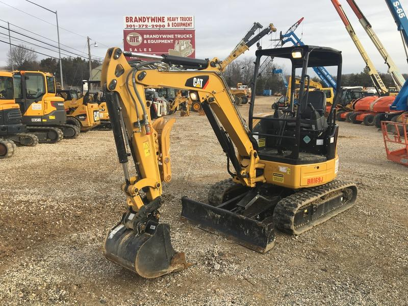 2017 CATERPILLAR 303ECR Mini Excavator