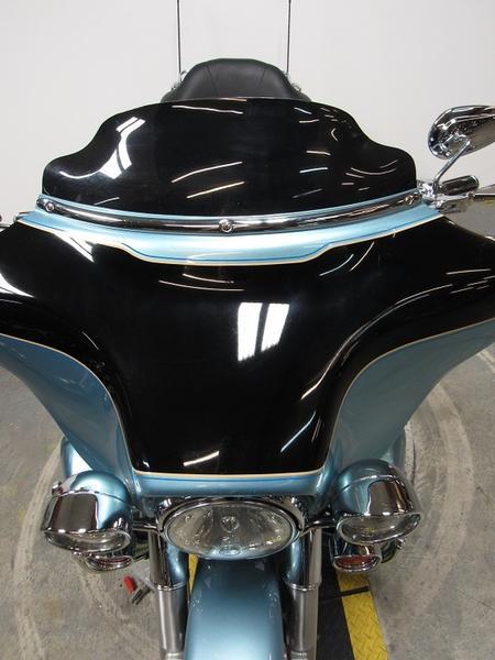 2007 Harley-Davidson FLHTCU - Electra Glide Ultra Classic 4