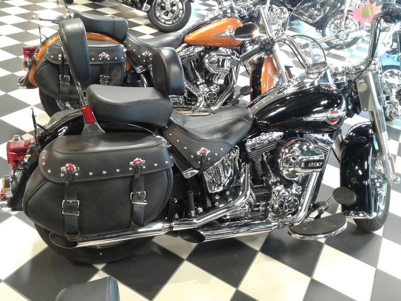 2016 Harley-Davidson® FLSTC - Heritage Softail® Classic | Deluxe
