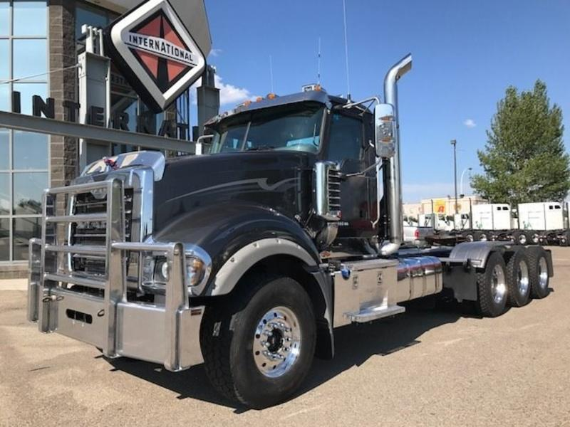 2016 mack trucks titan td 714 gm001047 diamond. Black Bedroom Furniture Sets. Home Design Ideas