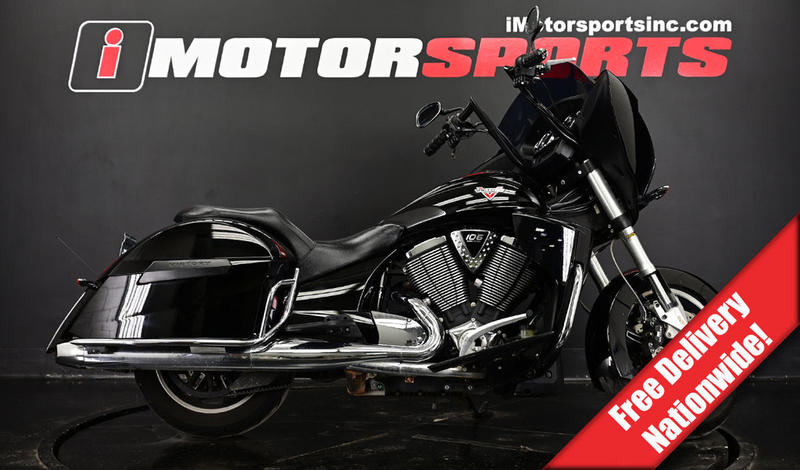 2015 Victory Motorcycles Cross Country 8-Ball Gloss Black  2015 Victory Motorcycles Cross Country 8-Ball Gloss Black for sale!