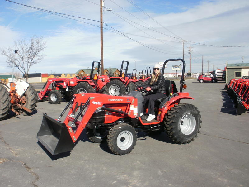 2018 Mahindra 1526 4WD HST Stock: 26H171113532 | Mountain