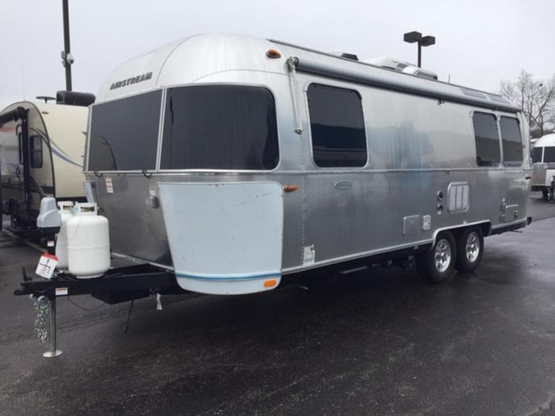 2019 Airstream 25FB Queen | Haydocy Airstream & RV