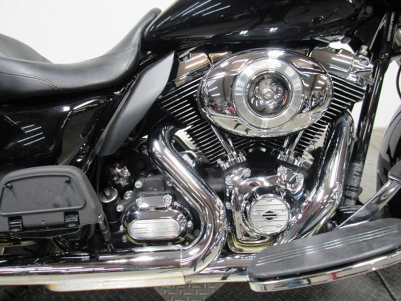 2012 Harley-Davidson FLHX - Street Glide 2