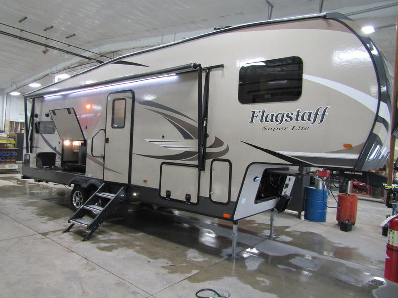 2020 Forest River Flagstaff Super Lite 528RKS | Camp Site RV