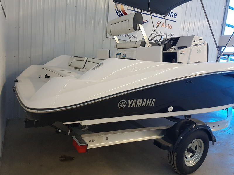 2017 Yamaha boat for sale, model of the boat is 190 FSH DELUXE & Image # 8 of 9