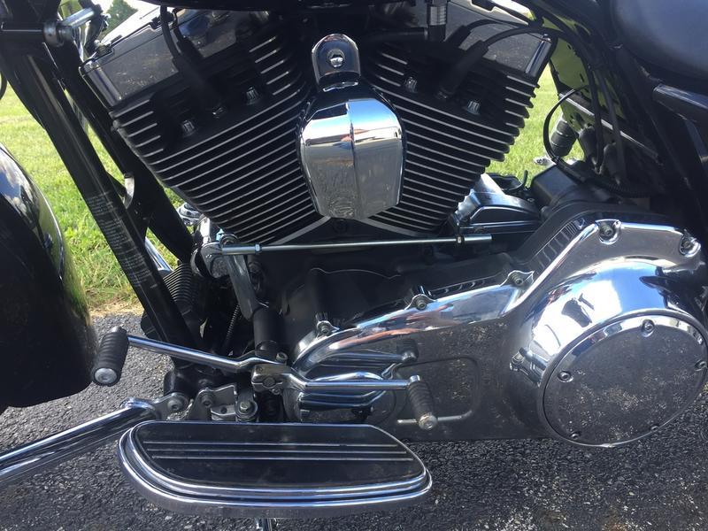 2010 Harley-Davidson FLHX - Street Glide 8