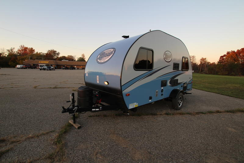 Still The Most Popular R Pod Includes 24 Flat Screen HDTV And Dome Awning With Room