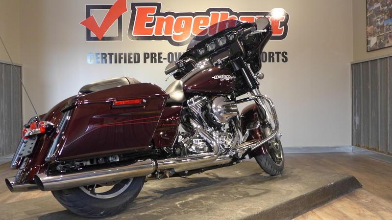 2014 Harley-Davidson FLHXS - Street Glide Special 6