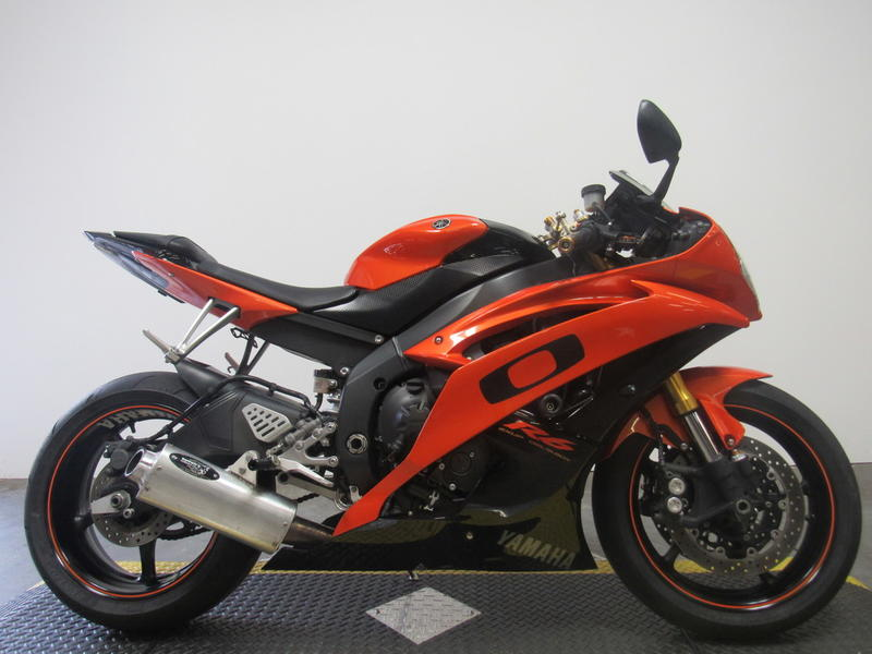 2009 Yamaha YZF-R6 1