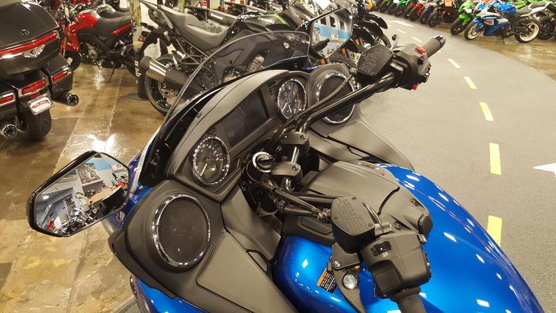 2018 Yamaha Star Eluder GT Option Package 12
