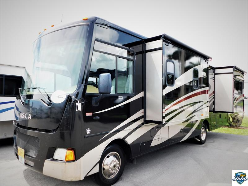 2013 Winnebago ITASCA SUNSTAR 30T | Palm RV